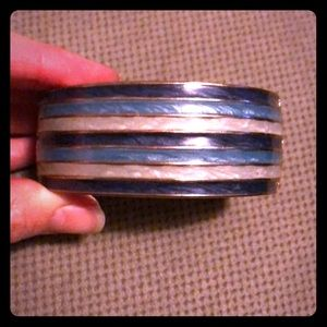 NWOT Hues of Blue Banana Republic Bangle
